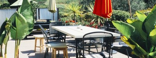 cantilever umbrella, cast aluminum outdoor furniture